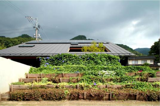 段々畑の家
